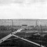 Краснодар. Вид на здание зооинженерного факультета Кубанского сельскохозяйственного института. 1972 год.