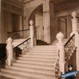 Екатеринодар. Кубанский мариинский женский институт. 25.10.1913 год. Вид лестницы в вестибюле 1-го этажа