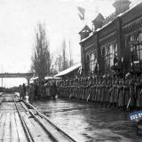 Екатеринодар. Торжественная встреча представителей французских интервенционных войск на перроне вокзале