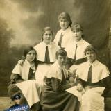 Екатеринодар. Выпускницы Мариинского женского института, 01.12.1916 года