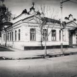 Краснодар. Дом по ул. Октябрьской, 33 (Пушкина, 25). 1989 год
