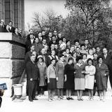 Краснодар. Комсомольские работники 40-х годов на ступенях Крайкома КПСС.