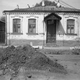 Краснодар. На улице Октябрьской. №№ 81 и 83