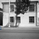 Краснодар. На улице Октябрьской. Вид на дом Орджоникидзе № 27