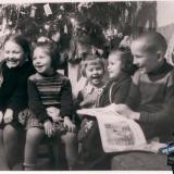 Краснодар. Новый Год конца 1950-х в доме по адресу ул. Орджоникидзе 21 (ныне 27)