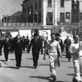 Краснодар. Праздничная колонна КИППа, 1 мая 1952 года.