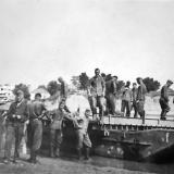 Краснодар. Немецкие солдаты наводят понтонную переправу через Кубань,  21.08.1942