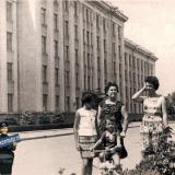 Краснодар. У здания Крайисполкома, июль 1965 года