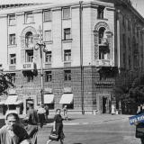 Краснодар. Угол улиц Красной и Ленина, вид на запад.