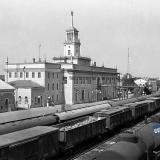 Краснодар. Вид на железнодорожный вокзал Краснодар-1 со стороны путей.