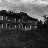 Краснодар. Здание СШ № 31. Вид с ул. Щорса, 1941 год