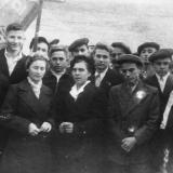 Краснодар. 28 школа перед демонстрацией, 1945 год.