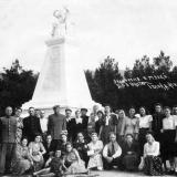Геленджик. Памятник 90 бойцам, павшим в борьбе за власть Советов