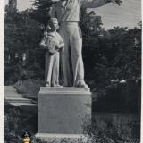 "Туапсе. Скульптура ""Максимка"", 1961 год"