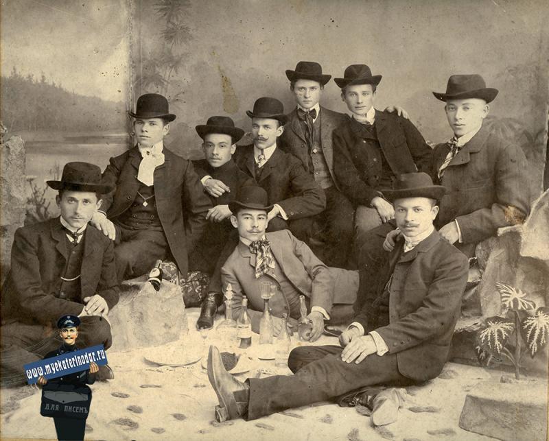 Ейск. Фотоаталье Сергеева М.С., Кутилы, до 1917 года