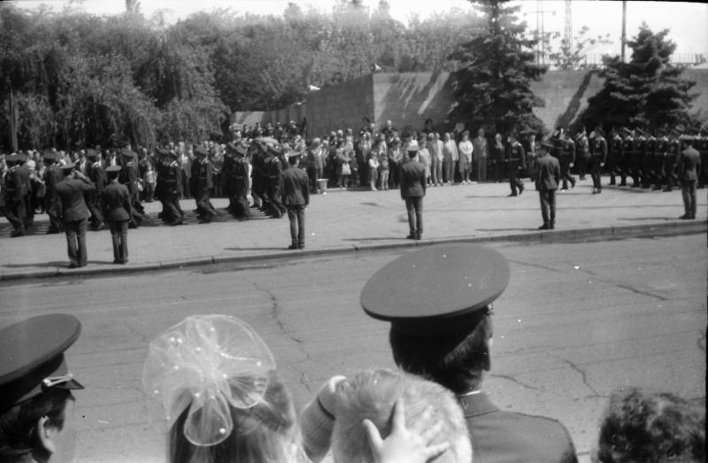 Краснодар. 9 Мая. День Победы. Площадь Памяти Героев.