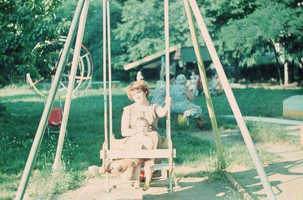 Краснодар. Детская площадка на Московской 2/1, 1986
