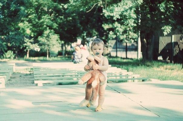 Краснодар. Детская площадка на Московской 2/1, 1986 год