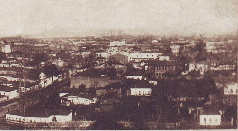Краснодар. Общий вид на перекресток улиц Коммунаров и Ленина, 30-е годы. Правая часть.