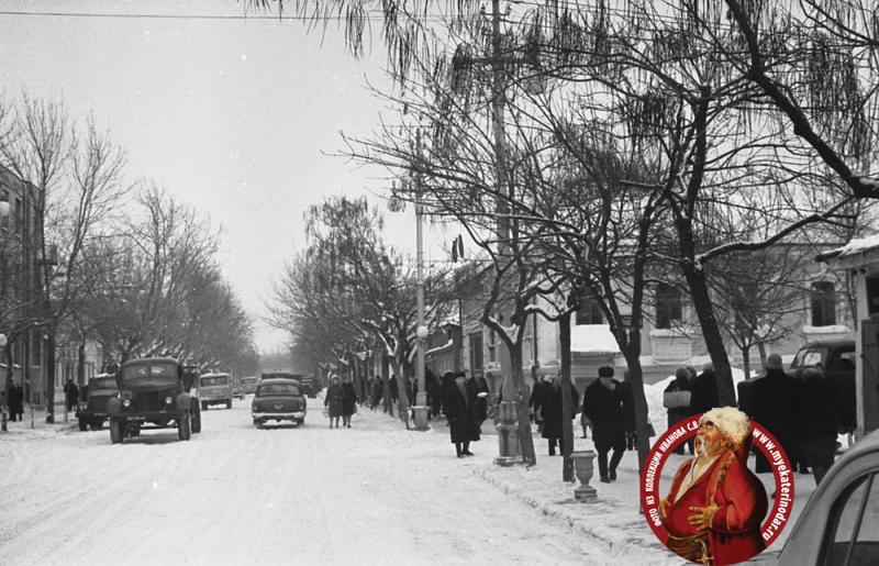 Краснодар. Угол улиц Красной и Пашковской, 1962 год, вид на север.