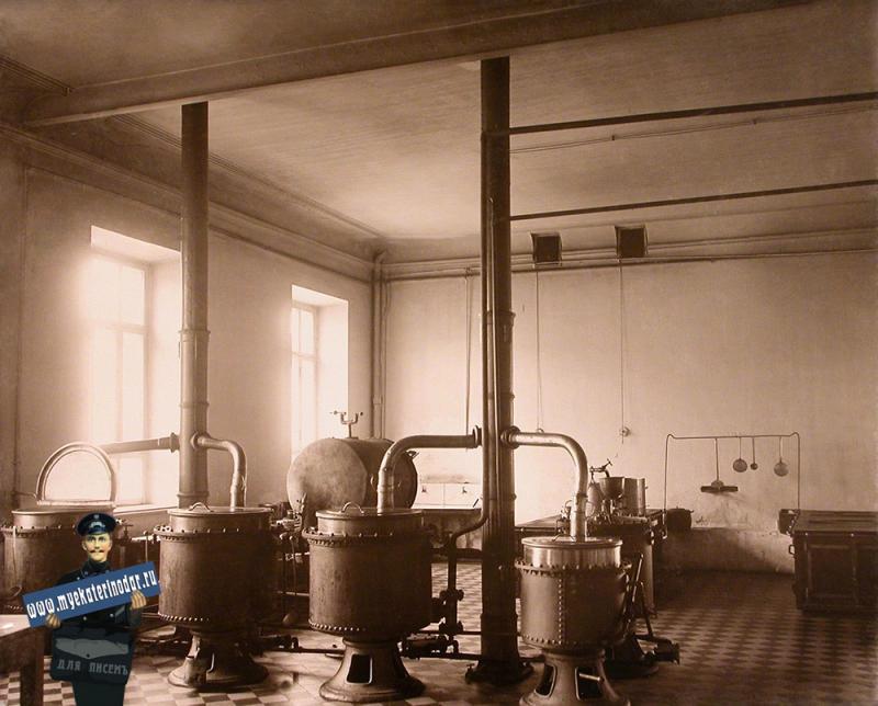 Екатеринодар. Кубанский мариинский женский институт. 25.10.1913 год. Вид части институтской кухни