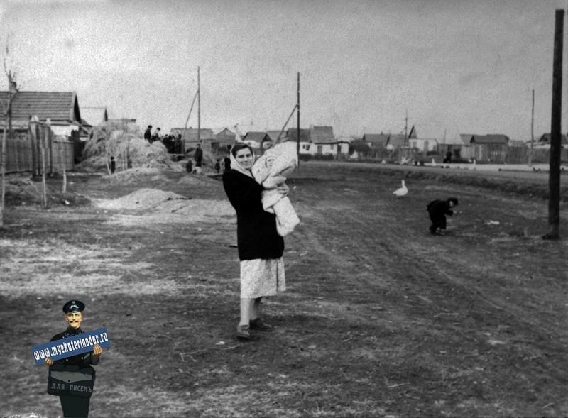 Краснодар. Аэродромная улица между ул. Красных партизан и ул.Бабушкина. Вид на север. Начало 1950х
