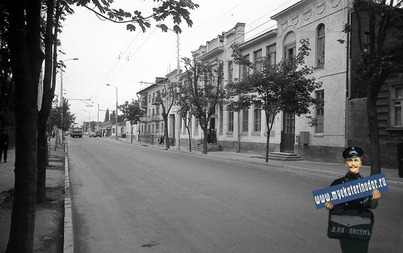 Краснодар. Гарнизонная баня на улице Октябрьской