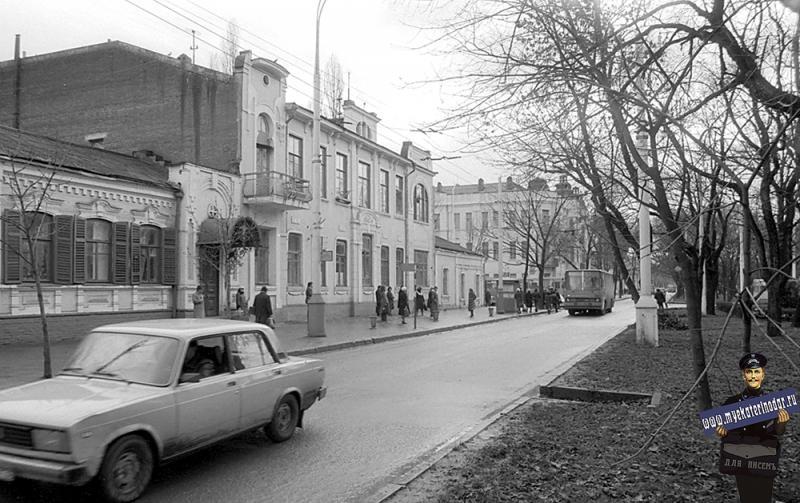 Краснодар. Красная, 162. Вид на юг. 5 декабря 1981 года.
