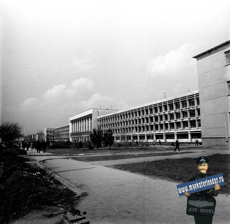 Краснодар. Кубанский Государственный университет, 1974 год. Фото 2