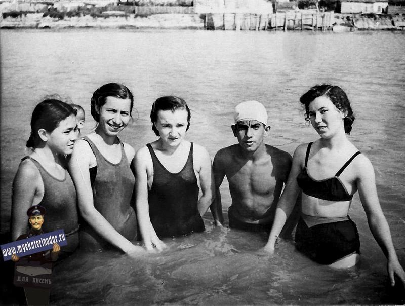 Краснодар. Левый берег р. Кубань около ул. Тургенева, 1959 год