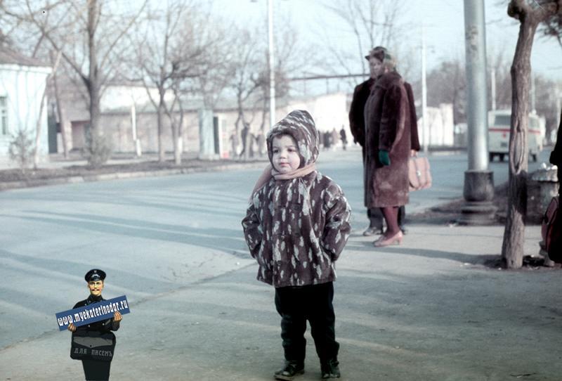 Краснодар. Северная улица, вид в сторону перекрестка с ул.Красноармейской, зима 1971/1972 года