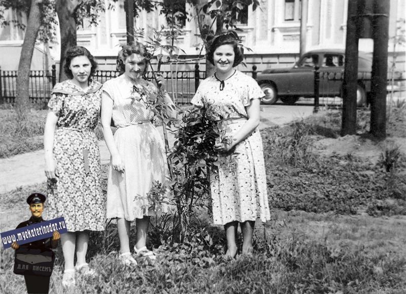 Краснодар. На бульваре, середина 1950-х