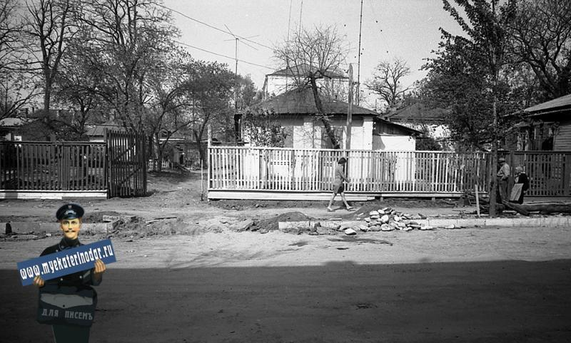 Краснодар. На улице Октябрьской. № 79