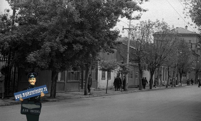 Краснодар. Улица Мира, вид от Красной на перекрёсток с Красноармейской.
