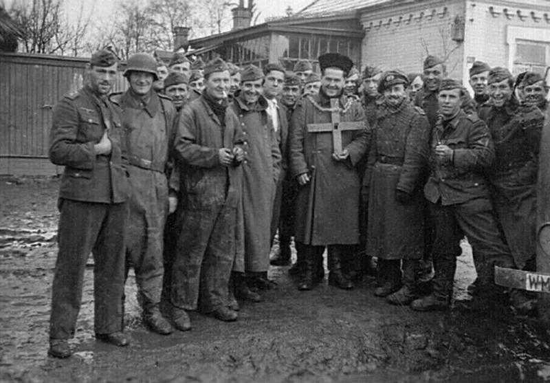 Краснодар. На улице города. Отступление. 1943 года.