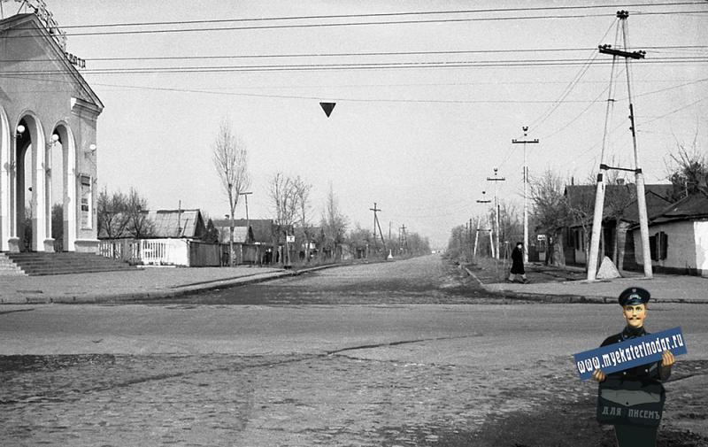 Краснодар. Перекресток улиц Северной и Тургенева