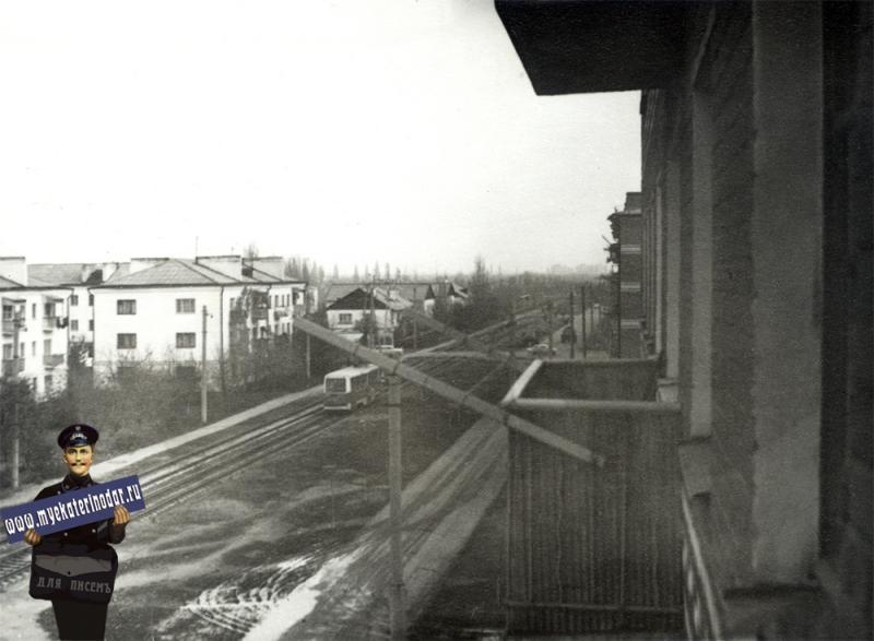Краснодар. Трамвай на улице Славянской. 1970-е годы