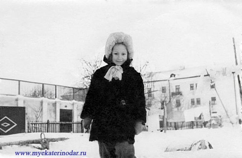 Краснодар. Посёлок ТЭЦ, ул.Садовая, 7. Летний кинотеатр ДК ТЭЦ