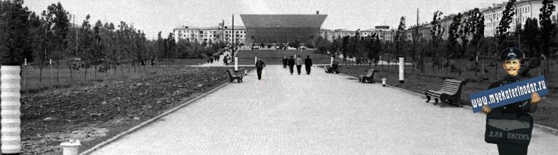 """Краснодар. Широкоформатный кинотеатр """"Аврора"""", перед открытием. Фото 4"""