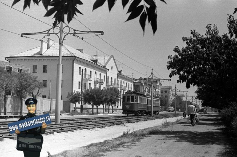 Краснодар. Трамвай №5 на улице Карла Либкнехта