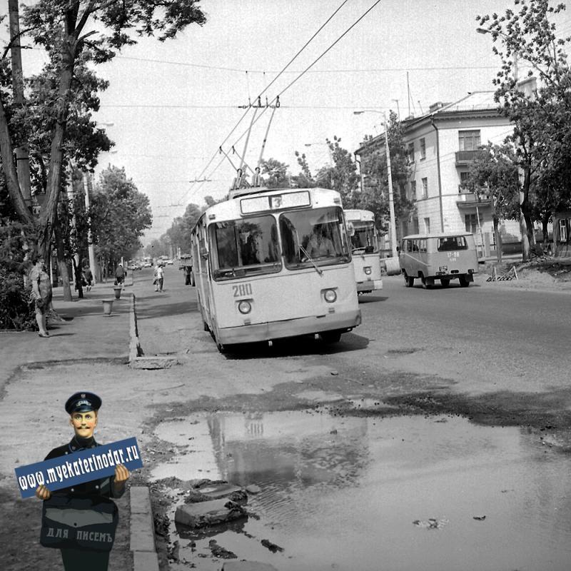 Краснодар. Троллейбус Маршрут № 3 на улице Северной