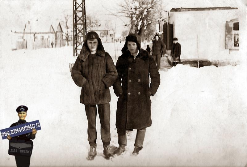Краснодар. Угол ул. Ярмарочной (Головатого) и Леваневского.