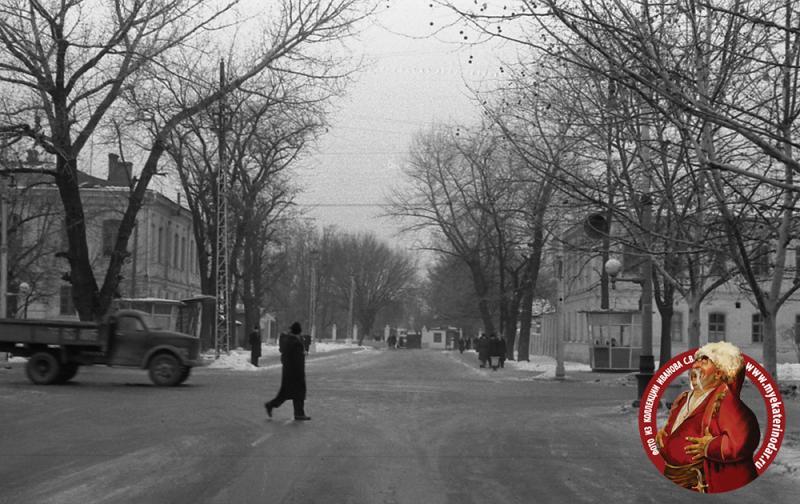 Краснодар. Угол улиц Тельмана и Красной, вид на юг, зима 1963/1964 год