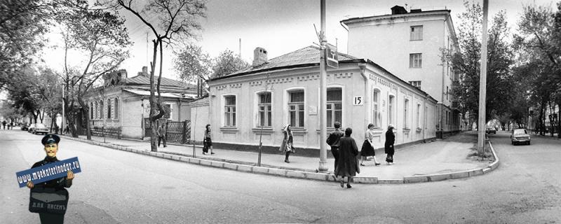 Краснодар. Угол улиц Шаумяна и Советской, вид на юго-запад, 1987 год.