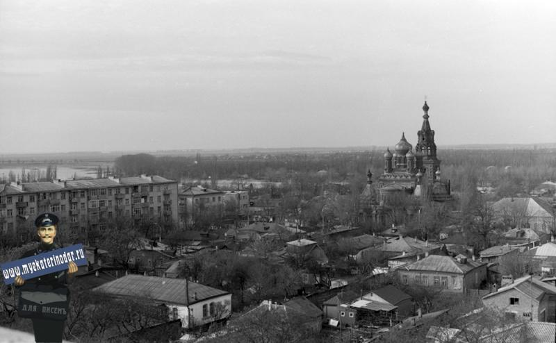 Краснодар. ул. Чапаева между Октябрьской и Кирова, вид на юго-запад, 1984 год