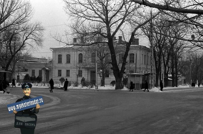 Краснодар. Улица Красная №2, угол Красной и Тельмана, вид на юг, 1964 год