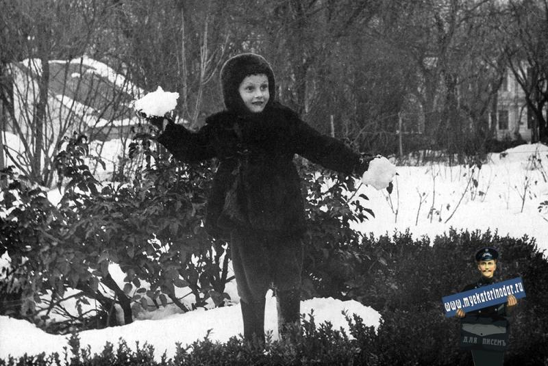 Краснодар. В Первомайском сквере, 60-е годы.