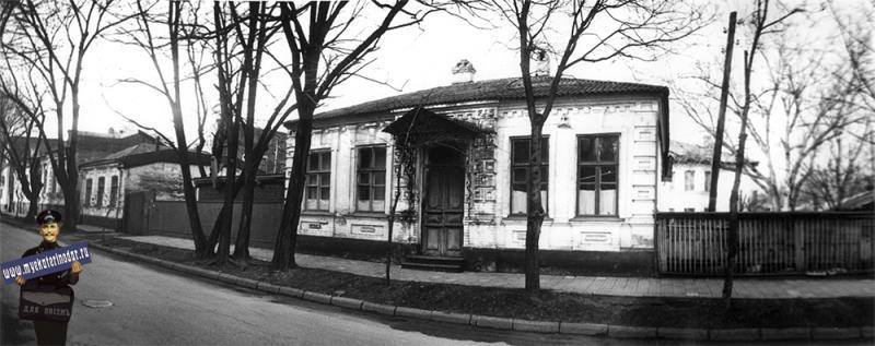 Краснодар. Жилой дом на ул. Янковского, 83. 1989 год.