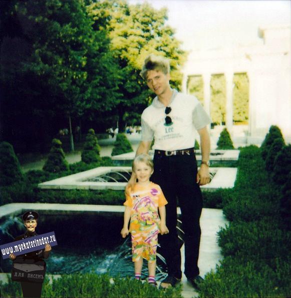 Маленькие фонтаны в сквере им. Жукова (Первомайский сквер)