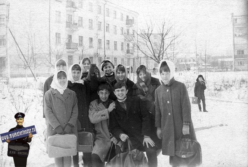Краснодар. Учащиеся сш № 13, 1968 год.